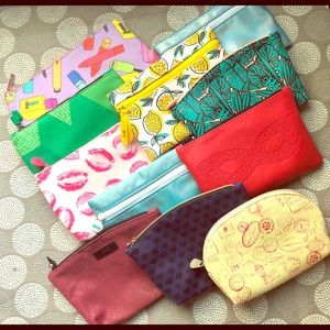 Lot of Ipsy and Clinique makeup bags - never used!